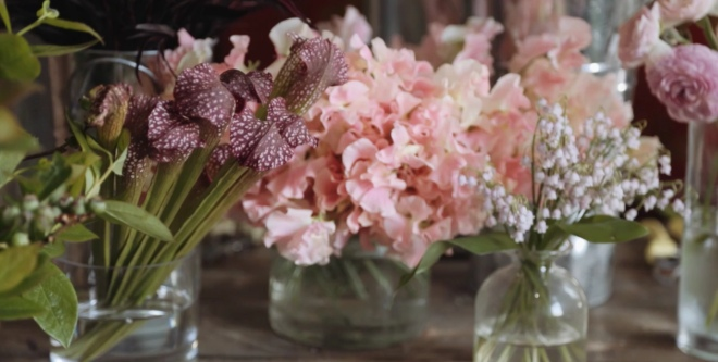 take a beginner flower arranging class online